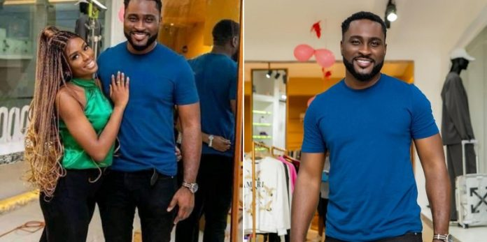 Pere opens up about divorce